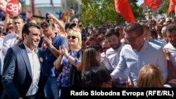 Лидерот на СДСМ Зоран Заев и претседателот на ВМРО-ДПМНЕ Христијан Мицкоски во кампања за референдумот за името.