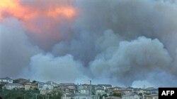 Дым от калифорнийских пожаров из космоса принимают за грозовые облака