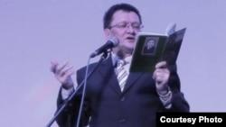 Раиф Тукташев корылтайның бер еллыгына багышланган кичәдә