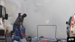 Столкновения турецкой полиции с курдскими повстанцами