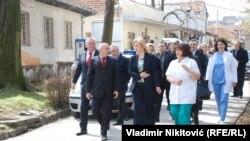 Dragica Nikolić u poseti čačanskoj bolnici