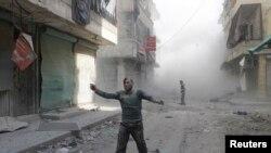 Pamje nga qyteti Alepo pas sulmeve ajrore