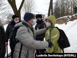 Задержание Льва Шлосберга, Псков