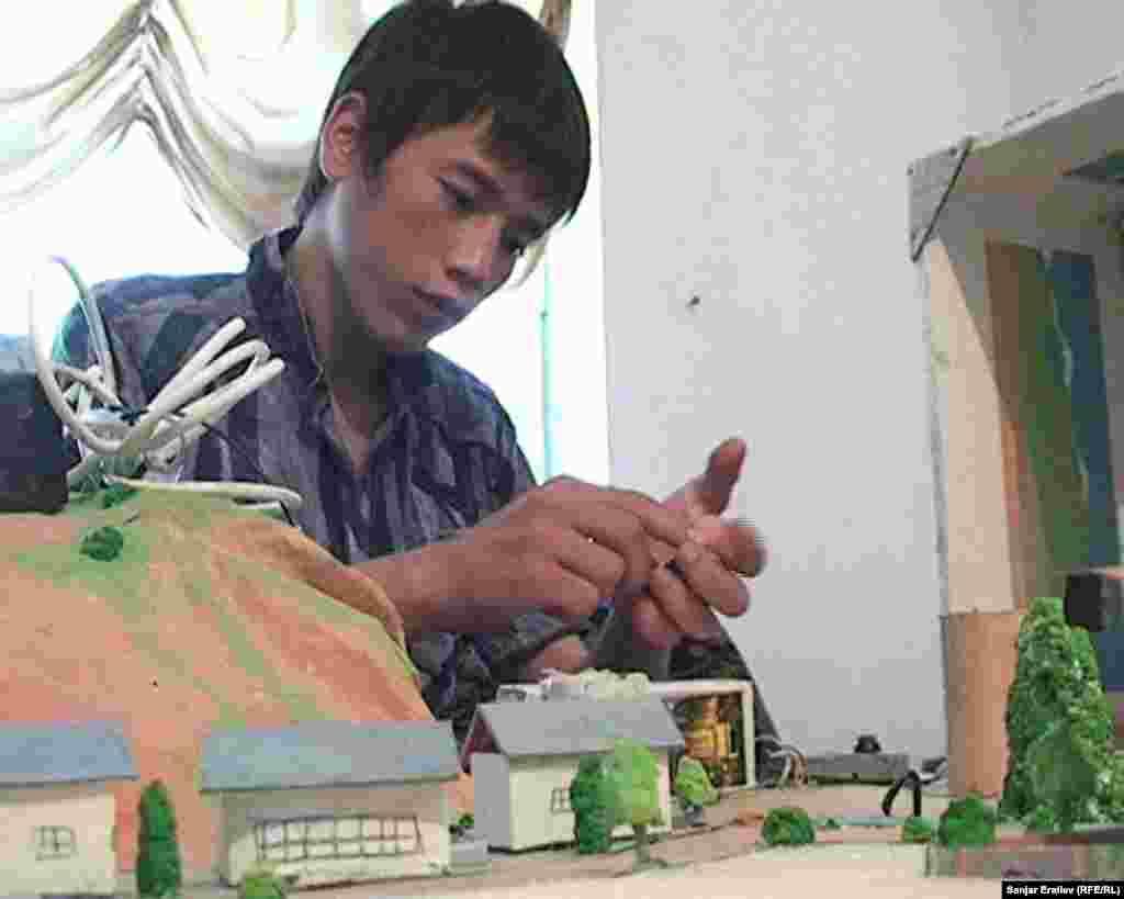 Тимурлан Абдужалил уулу разработал устройство для прогнозирования стихийных бедствий
