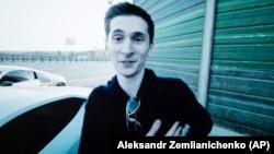 Евгений Никулин.