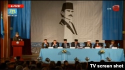 Курултай крымских татар в Бахчисарае.