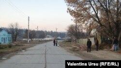 Lungul drum spre Europa: văzut de la Lozova, r. Strășeni