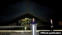 საქართველოს პრეზიდენტმა მიხეილ სააკაშვილმა თბილისში ეროვნული ბანკის ახალი საკასო ცენტრის შენობა გახსნა.