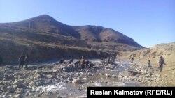 Ала-Букада кен казган жергиликтүүлөр