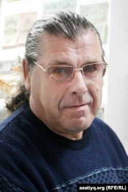 «Ежелгі Орал» музейінің директоры, өлкетанушы Геннадий Мухин. Орал, 2 маусым 2015 жыл.