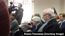Людмила Алексеева и Михаил Федотов в Замоскворецком суде Москвы