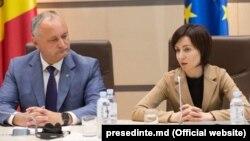 Президент Республики Молдова Игорь Додон и премьер-министр Майя Санду, Кишинев, 12 июня 2019 года