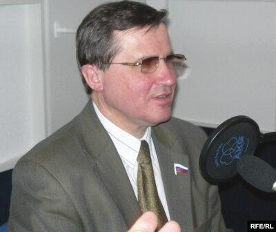 Госдума потребует у Фурсенко ответа за ситуацию вокруг призыва аспирантов и экзаменов для поступления в вузы