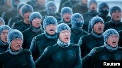 Кытай армиясынын кышкы машыгуусу. 14-декабрь, 2015-жыл.