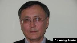 Казбек Бейсебаев, бывший дипломатический работник.