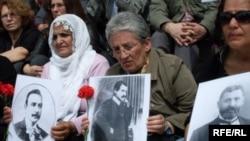 Протести на Курдите во Истанбул
