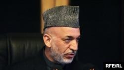 Президент Афганистана Хамид Карзай остался на своем посту. Что дальше?