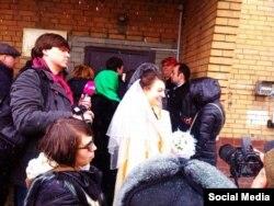Свадьба Ильдара Дадина и Анастасии Зотовой в СИЗО, 25 февраля 2016 года