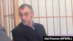 Рифат Бадертдинов в зале суда