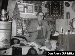 Șeic Rexhepi, lider spiritual rom în Gjakova, Kosovo (confreria Qadiriya). (Foto: Dan Alexe, 1998)