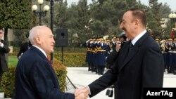 Yunanıstan prezidenti Karolos Papulyasın da Azərbaycana səfərinin əsl məqsədi Ankarada müəyyən suallar doğurmamış deyil
