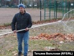 Юрий Чистяков ловит голубей