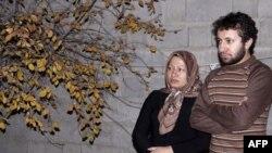 Сакинэ Аштиани и ее сын Саджад