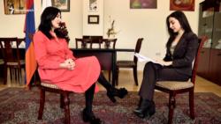 Տոնական բլից հարցազրույց ԱԺ ԲՀԿ խմբակցության անդամ Նաիրա Զոհրաբյանի հետ