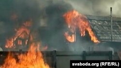 Since Ivan Shnaider became the chief of the village fire service in August, six private houses and several other buildings in the village had been set on fire. (illustrative photo)