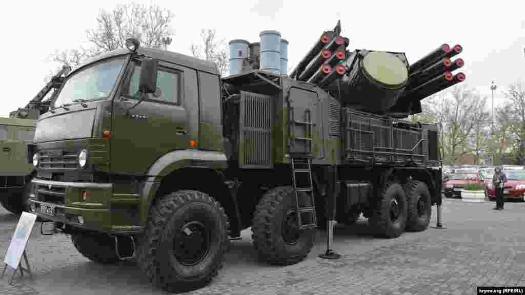 Зенитный ракетно-пушечный комплекс «Панцирь» С1