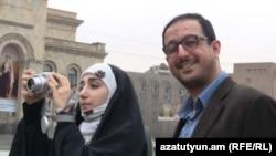 دو توریست ایرانی در ایروان، پایتخت ارمنستان