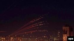 Nebo iznad Beograda za vreme bombardovanja