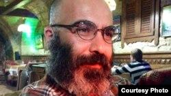 Yazıçı Seymur Baycan