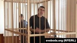 Аляксандар Логінаў узалі Ваўкавыскага суду