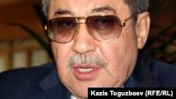 Депутат сената парламента Гани Касымов.