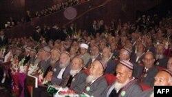 Народный Совет решил, что выборы нового президента состоятся за неделю до дня рождения почившего Туркменбаши