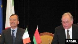 Франка Фратыні і Сяргей Мартынаў у Менску, 30 верасьня, 2009