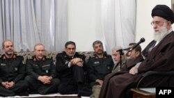 فرماندهان ارشد نظامی و سپاه در حضور آیتالله خامنهای