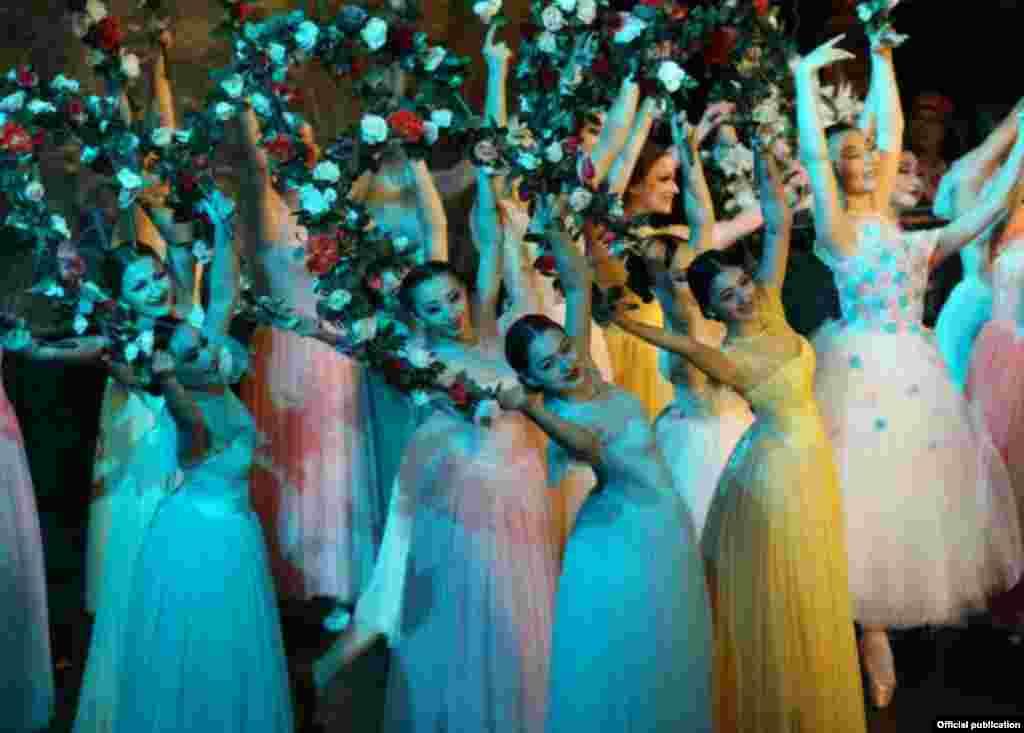 Финальный концерт ТЮРКСОЙ в США пройдет 1 апреля в театре У.Вашингтона.