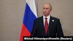 Президент России Владимир Путин на пресс-конференции во время саммита БРИКС. Сямэнь, 5 сентября 2017 года.