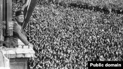 Benito Musolini, lider talijanskih fašista uoči i tokom Drugog svjetskog rata, na mitingu u Rimu