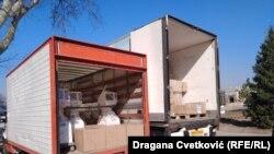 Medicinska oprema koja je dopremljena u Niš 10. aprila, prilikom posete predsednika Srbije Aleksandra Vučića