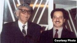 بارزاني في بيت الجواهري - دمشق عام 1987