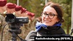 Опівночі 30 січня у Львові невідома особапідпалила автомобіль, що належить журналістці Радіо СвободаГалині Терещук