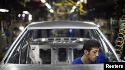 مونتاژ اتومبیل در «ایران خودرو»