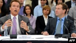 California Governor Arnold Schwarzenegger, pictured here on October 11 with Russian President Dmitry Medvedev, says California could help Russia develop its high-technology industry.