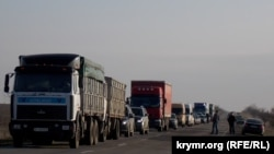 Пункт пропуску «Чонгар» на адміністративному кордоні з Кримом