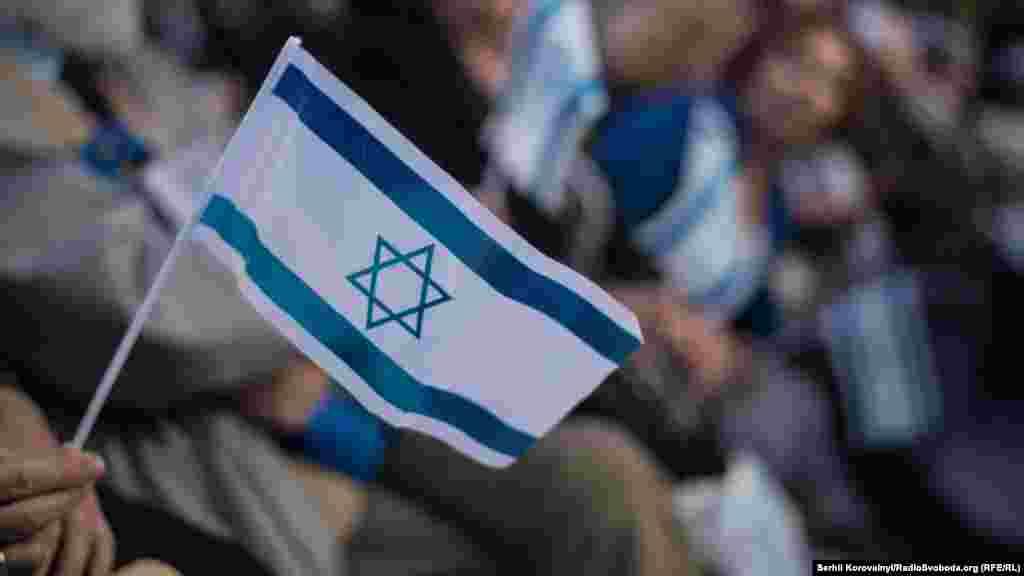 Також президент сказав, що саме словом «гармонія» лаконічно можна описати сучасні стосунки євреїв України з її іншими етносами, так само, як і відносини Української держави з Ізраїлем