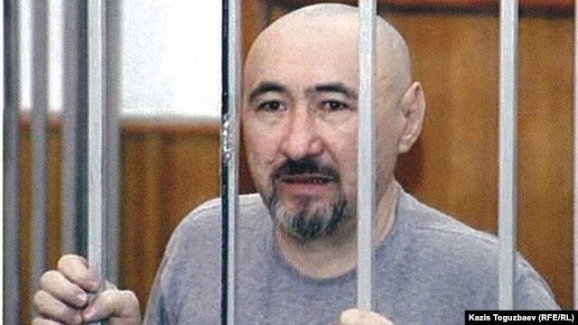 Арон Атабек во время суда по делу о Шаныракских событиях. Алматы, октябрь 2007 года.