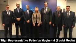 Visoka predstavnica EU Federica Mogherini sa zapadnobalkanskim liderima u Briselu, 10. decembra. 2018.